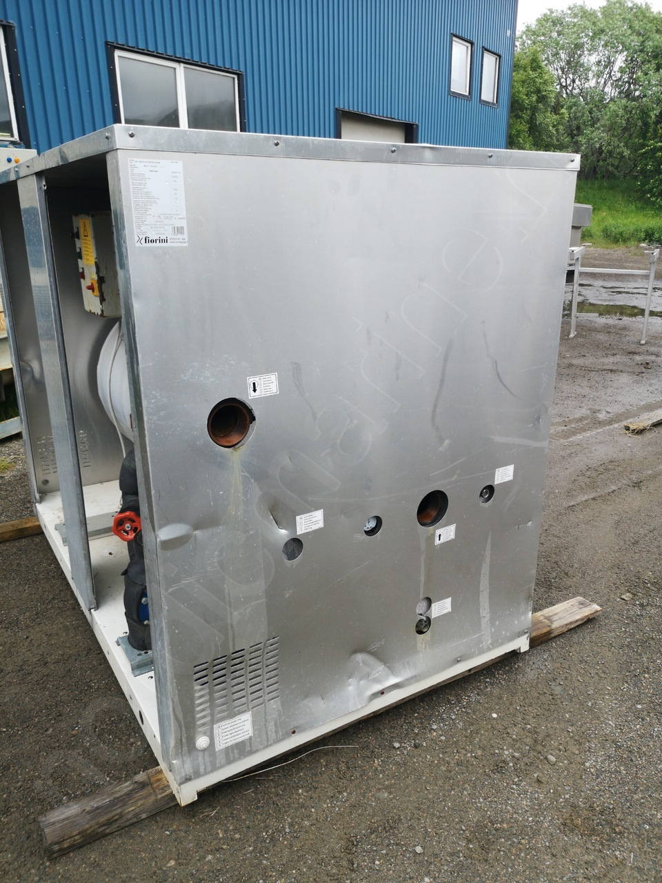 Fiorini inertial water storage unit